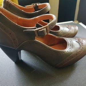 Gabriella Rocha Indy Heels Shoes Pumps strap